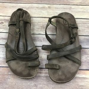 Chaco Women's Brown Leather Strappy Sandals